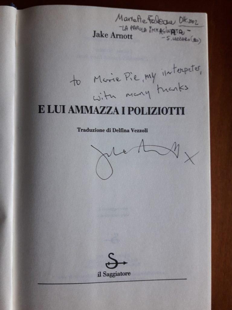 JAKE ARNOTT_ELUI AMMAZZA I POLIZIOTTI (1)