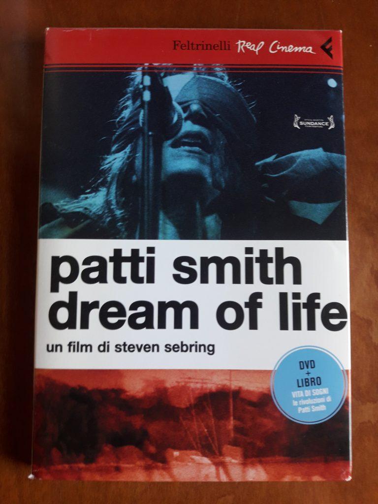 PATTI SMITH_DREAM OF LIFE